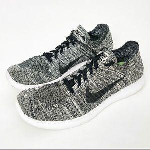 Nike Free Run Flyknit Oreo Sneakers size  8.5